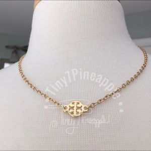 🌿🌹🌿 TORY BURCH CHARM w/ GOLD NECKLACE